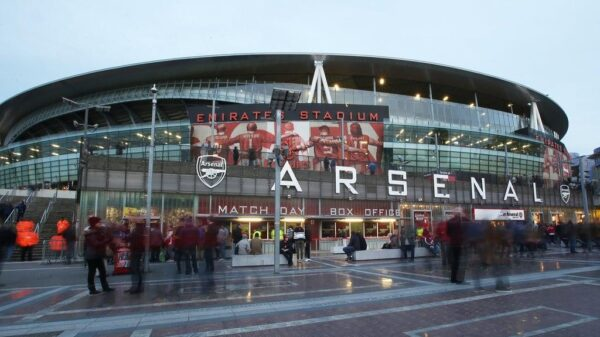 Arsenal fans can request season ticket holiday