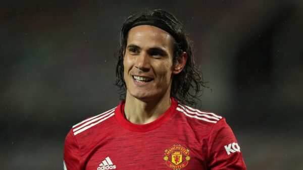 Edison Cavani signed one-year contract extension with Manchester United