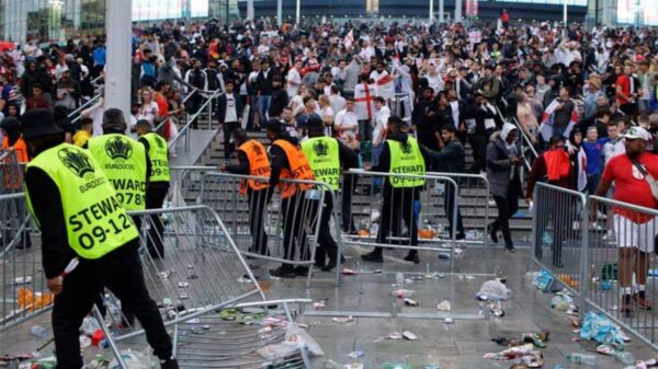 English FA face UEFA charges for fans violence during Euro 2020 final