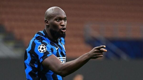 Inter fan protest at HQ as Lukaku is close to Chelsea