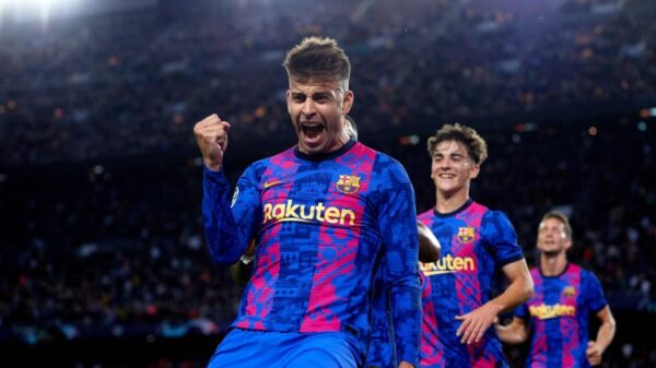 Barcelona's Pique claims there are no favourites in El Clásico